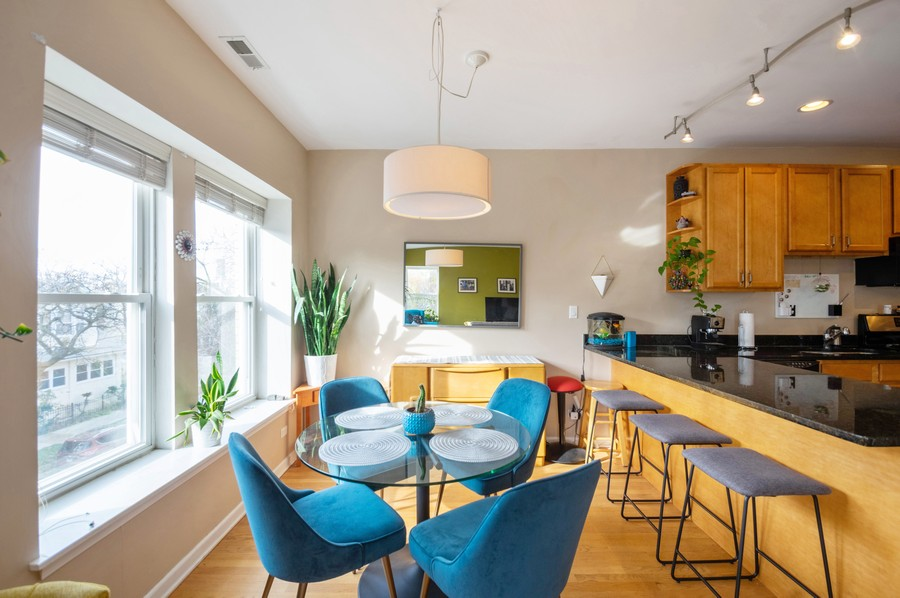 Real Estate Photography - 3100 W Leland, #201, Chicago, IL, 60625 - Dining Area