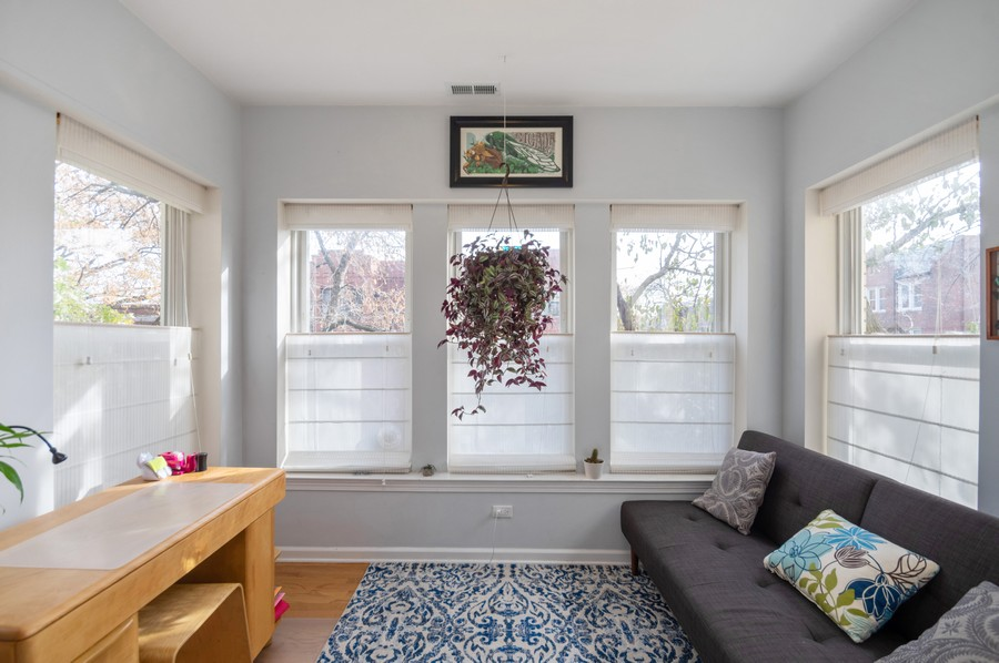 Real Estate Photography - 3100 W Leland, #201, Chicago, IL, 60625 - Sun Room