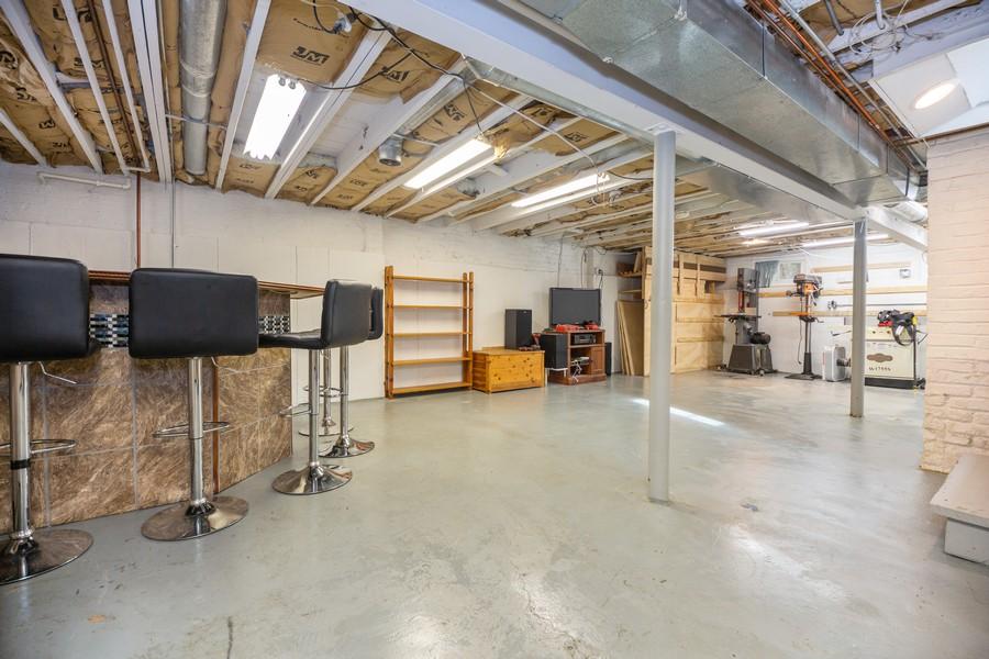 Real Estate Photography - 2137 Laura Lane, Des Plaines, IL, 60018 - Basement