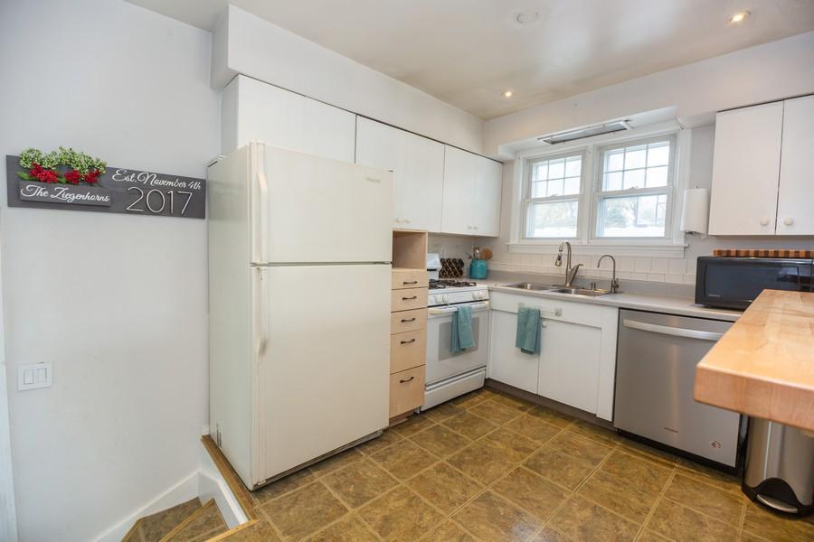Real Estate Photography - 2137 Laura Lane, Des Plaines, IL, 60018 - Kitchen