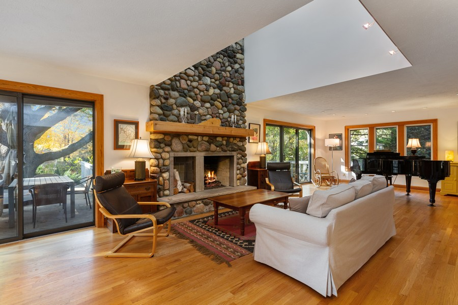Real Estate Photography - 4409 Winding Lane, Stevensville, MI, 49127 - Living Room