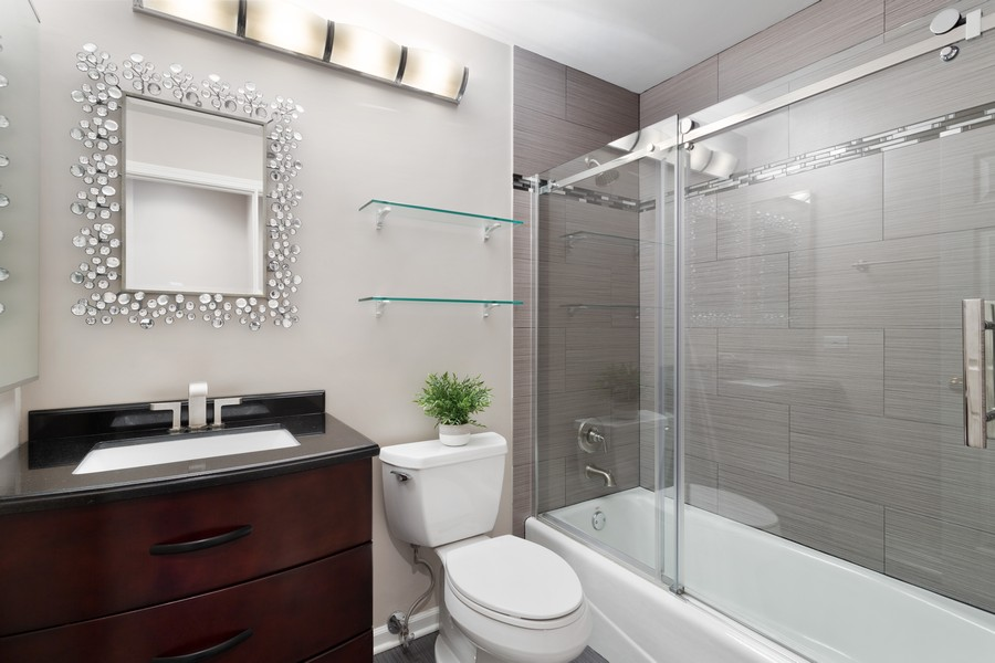 Real Estate Photography - 1842 N Halsted Street, Unit 1, Chicago, IL, 60614 - 2nd Bathroom