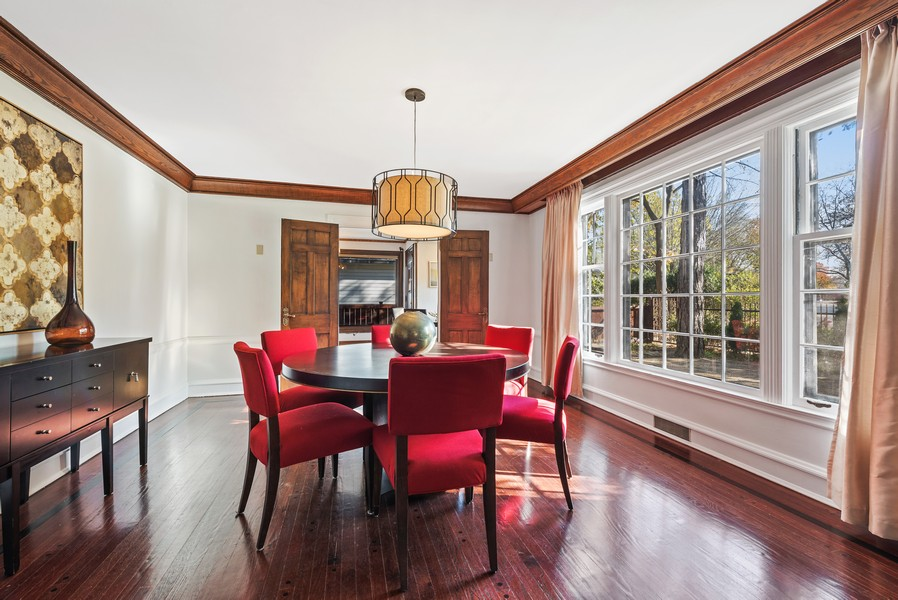 Real Estate Photography - 124 Dell Place, Glencoe, IL, 60022 - Dining Room