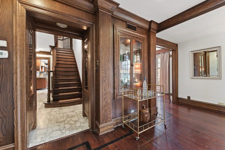 Real Estate Photography - 124 Dell Place, Glencoe, IL, 60022 -