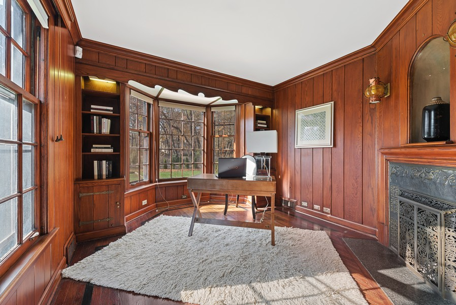 Real Estate Photography - 124 Dell Place, Glencoe, IL, 60022 - 1st Floor Office