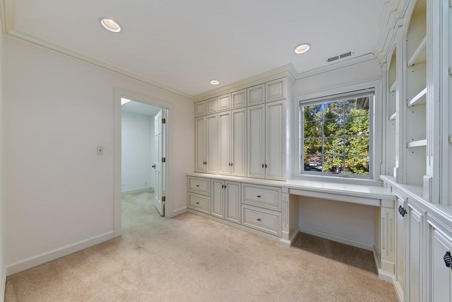 Real Estate Photography - 454 S Banbury Rd, Arlington Heights, IL, 60005 - Master Bedroom Closet