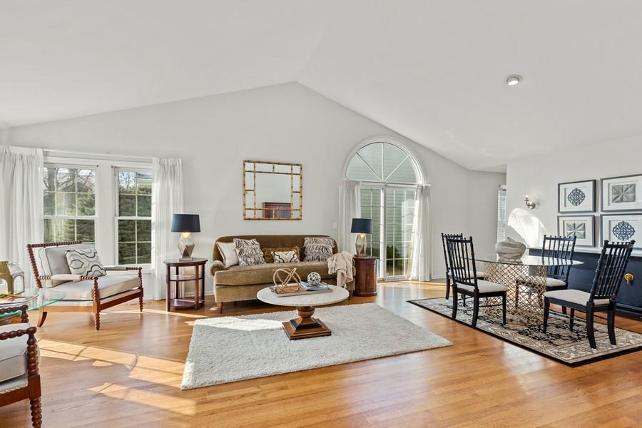 Real Estate Photography - 534 Park Barrington Way, Barrington, IL, 60010 - Living Room