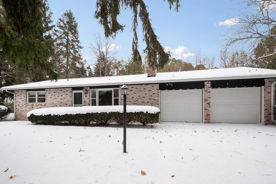Real Estate Photography - 2558 Locust Lane, Stevensville, MI, 49127 - Front View