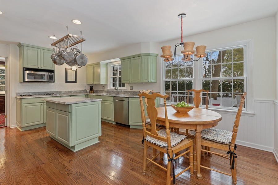 Real Estate Photography - 310 Green Bay Road, Lake Bluff, IL, 60044 - Kitchen / Breakfast Room