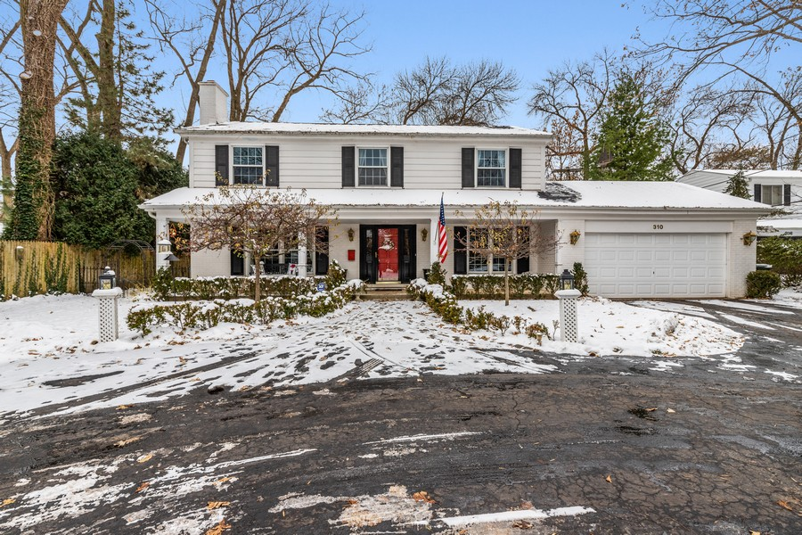 Real Estate Photography - 310 Green Bay Road, Lake Bluff, IL, 60044 - Front View