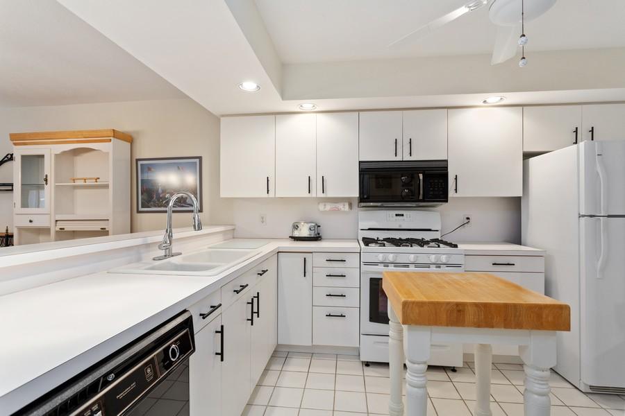 Real Estate Photography - 501 N Whittaker St, Unit 22, New Buffalo, MI, 49117 - Kitchen