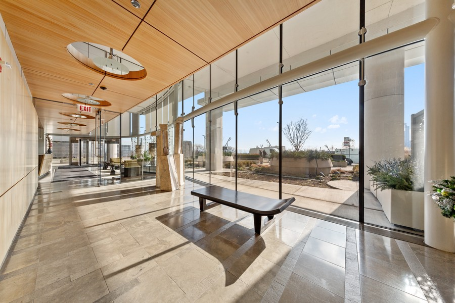 Real Estate Photography - 340 E Randolph St, Unit 2706, Chicago, IL, 60601 - Lobby