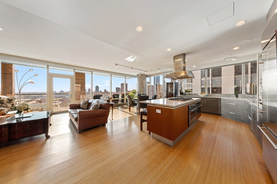 Real Estate Photography - 340 E Randolph St, Unit 2706, Chicago, IL, 60601 - Living Room / Dining Room