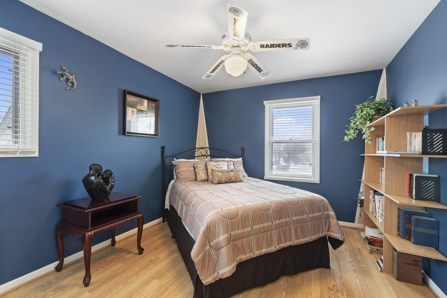 Real Estate Photography - 2775 Sandalwood Ct, Buffalo Grove, IL, 60089 - 2nd Bedroom