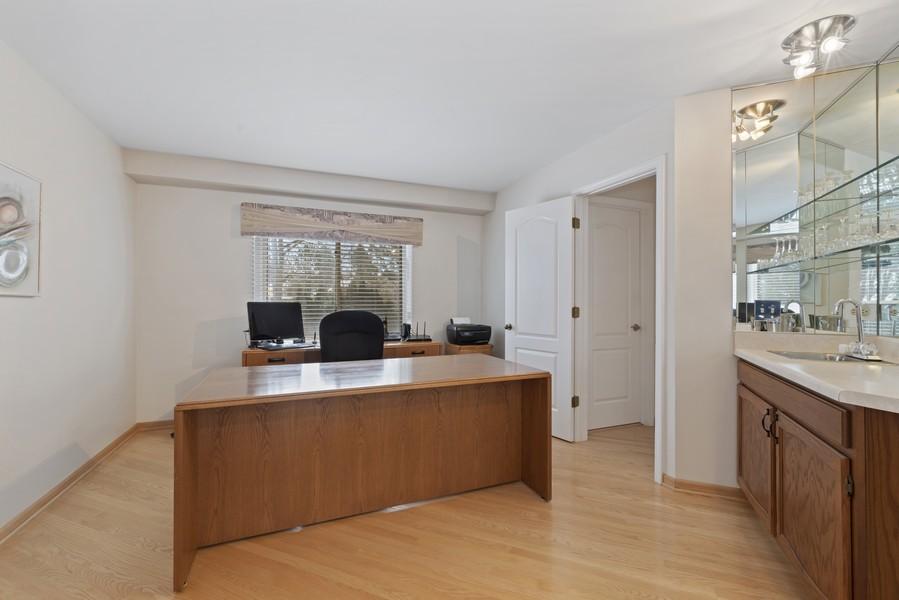 Real Estate Photography - 2775 Sandalwood Ct, Buffalo Grove, IL, 60089 - Office