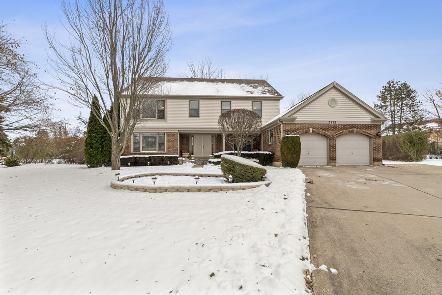 Real Estate Photography - 2775 Sandalwood Ct, Buffalo Grove, IL, 60089 - Front View