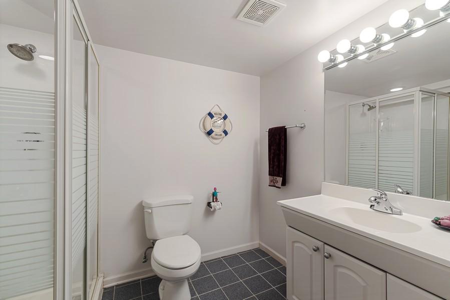 Real Estate Photography - 2775 Sandalwood Ct, Buffalo Grove, IL, 60089 - Bathroom