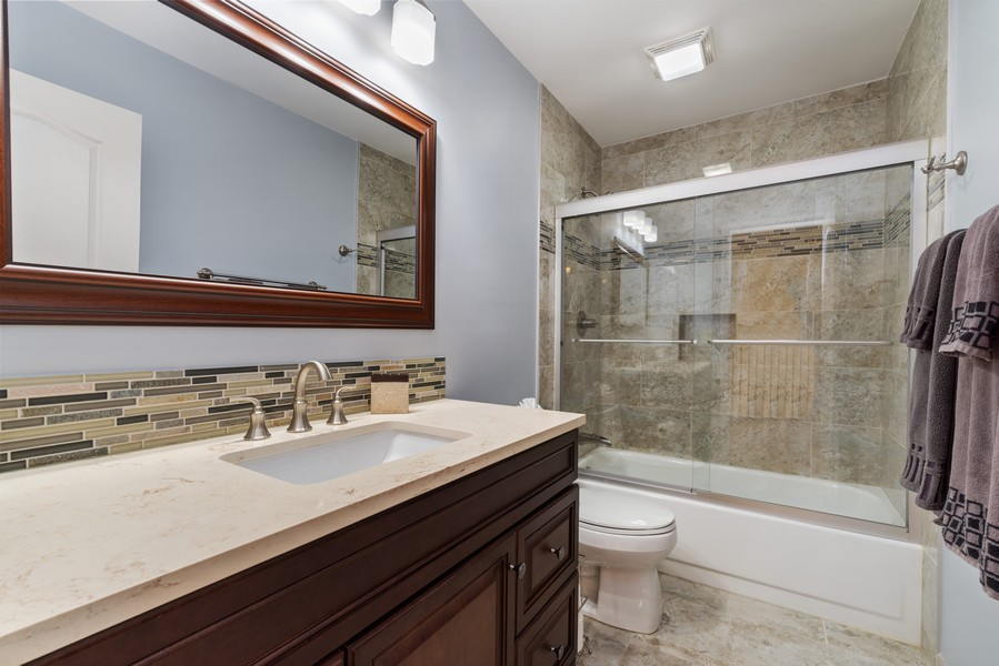 Real Estate Photography - 2775 Sandalwood Ct, Buffalo Grove, IL, 60089 - 2nd Bathroom