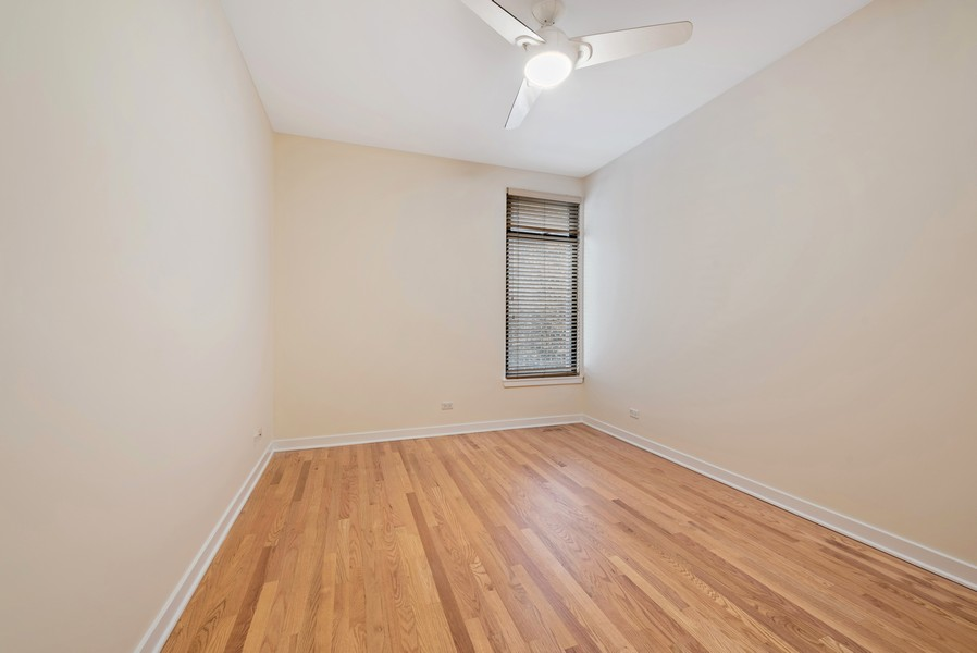 Real Estate Photography - 4003 N Wolcott Ave, Unit D, Chicago, IL, 60613 - 2nd Bedroom