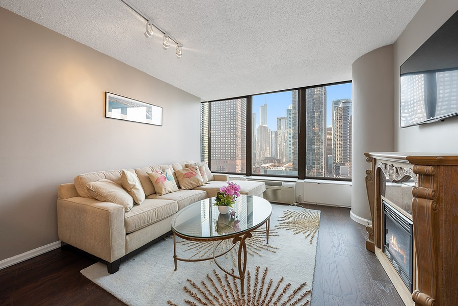 Real Estate Photography - 505 n. lake shore drive, 1802, chicago, IL, 60611 - Living Room