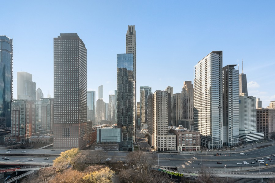 Real Estate Photography - 505 n. lake shore drive, 1802, chicago, IL, 60611 - City View