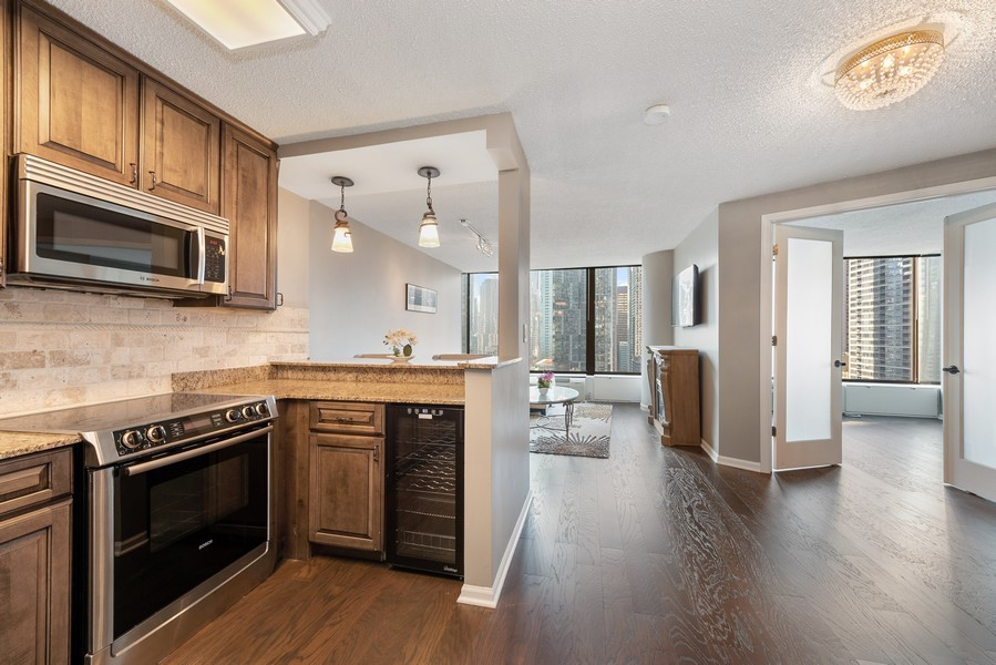 Real Estate Photography - 505 n. lake shore drive, 1802, chicago, IL, 60611 - Kitchen / Living Room