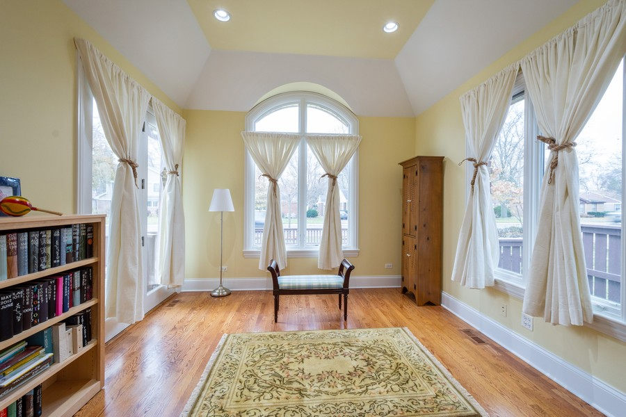 Real Estate Photography - 314 N Dryden Pl, Arlington Heights, IL, 60004 - Office/Bedroom 4