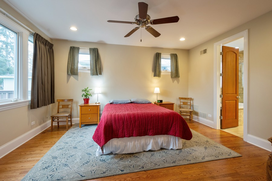 Real Estate Photography - 314 N Dryden Pl, Arlington Heights, IL, 60004 - Master Bedroom