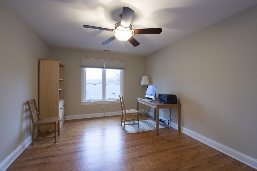 Real Estate Photography - 314 N Dryden Pl, Arlington Heights, IL, 60004 - 2nd Bedroom