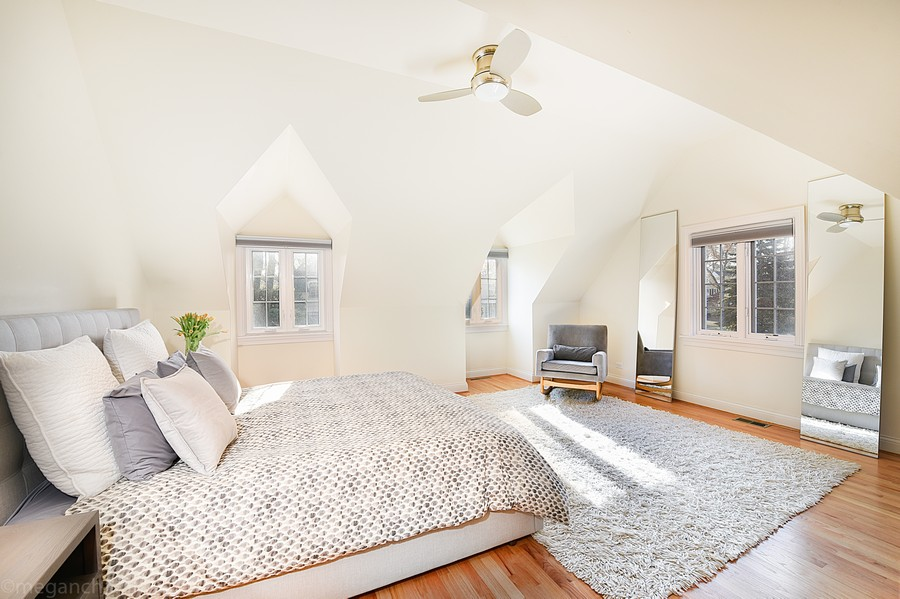 Real Estate Photography - 2126 Thornwood, Wilmette, IL, 60091 - Second Floor Master Bedroom