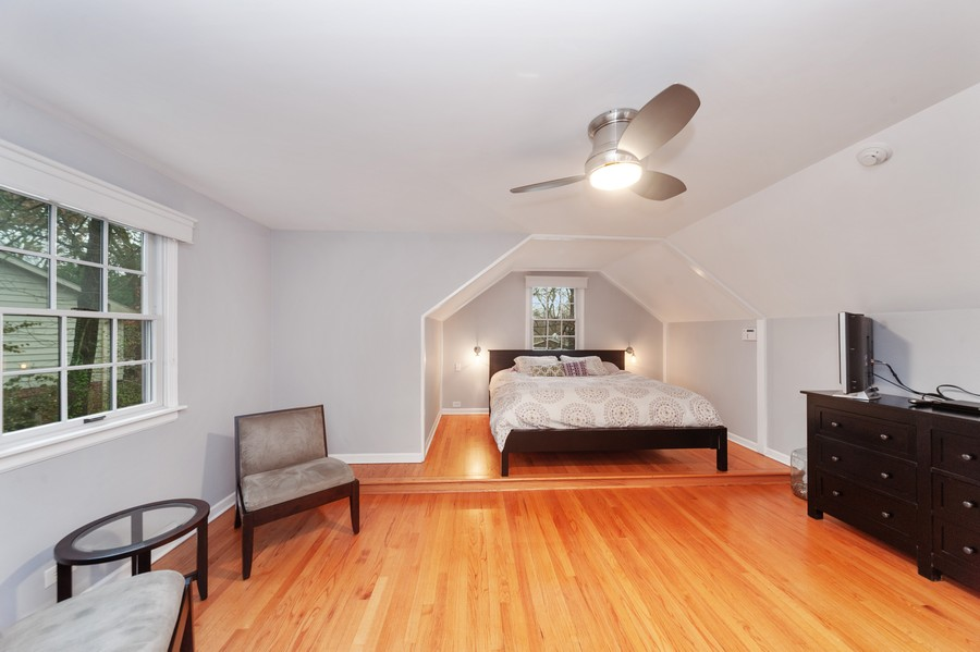 Real Estate Photography - 82 lincolnshire drive, lincolnshire, IL, 60069 - Master Bedroom