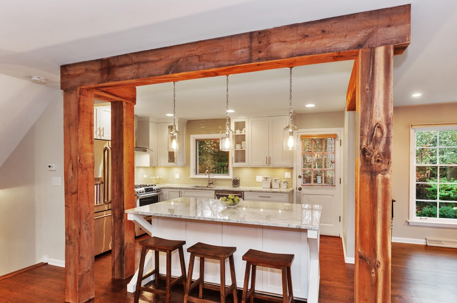 Real Estate Photography - 82 lincolnshire drive, lincolnshire, IL, 60069 - Kitchen