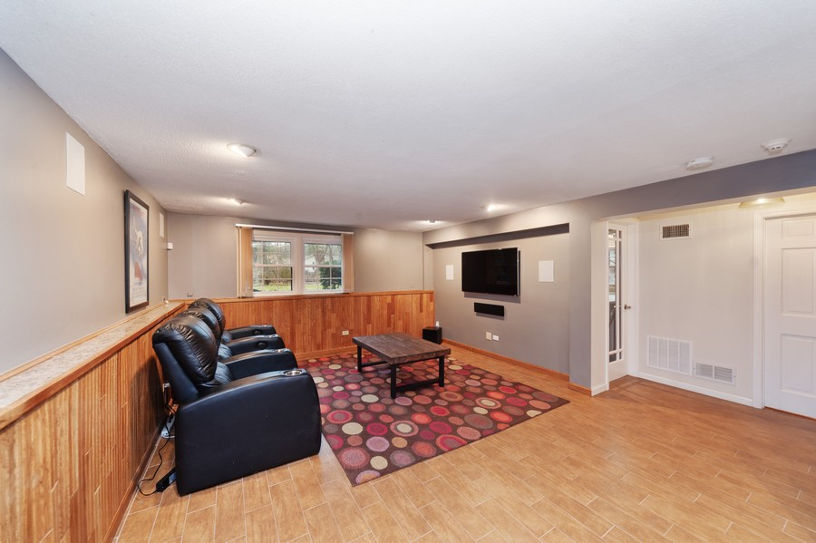 Real Estate Photography - 82 lincolnshire drive, lincolnshire, IL, 60069 - Recreation Room