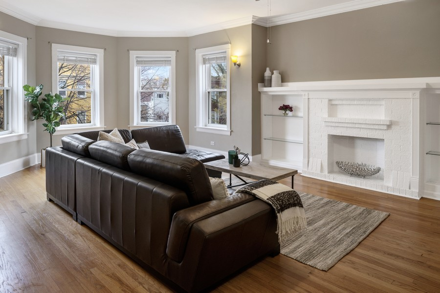 Real Estate Photography - 4922 N. Rockwell, Chicago, IL, 60625 - Living Room 2