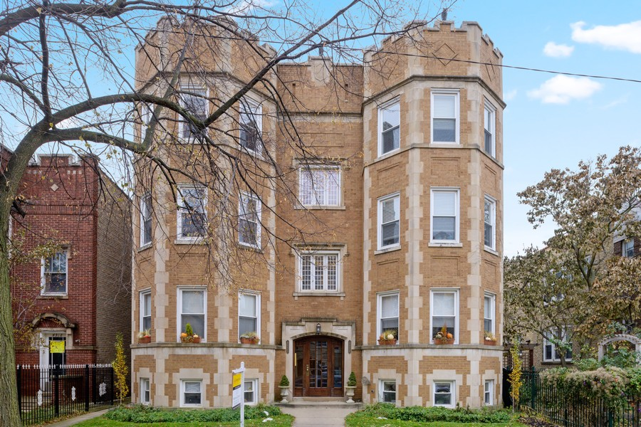 Real Estate Photography - 4922 N. Rockwell, Chicago, IL, 60625 - Front