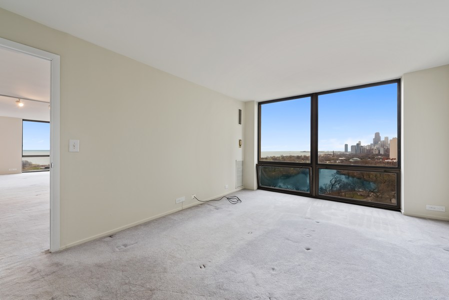 Real Estate Photography - 2650 N Lakeview Ave, Apt 1710, Chicago, IL, 60614 - Master Bedroom