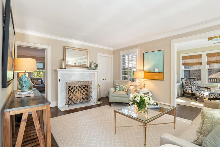 Real Estate Photography - 475 Orchard Lane, Winnetka, IL, 60093 - Living Room