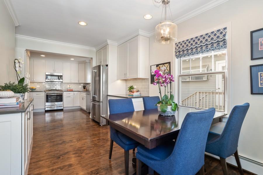 Real Estate Photography - 475 Orchard Lane, Winnetka, IL, 60093 - Kitchen