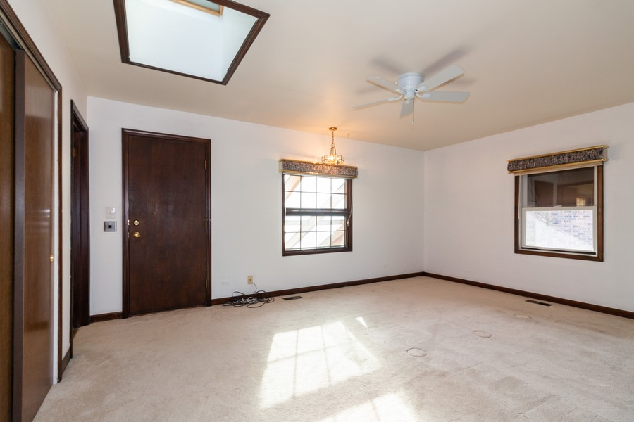 Real Estate Photography - 1565 Almond, Downers Grove, IL, 60515 - Master Bedroom