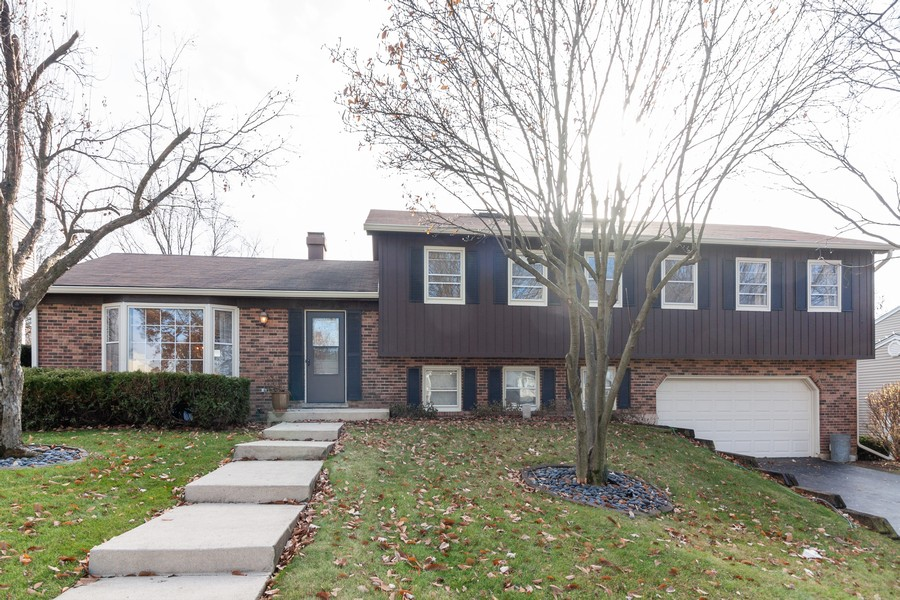 Real Estate Photography - 1565 Almond, Downers Grove, IL, 60515 - Front View