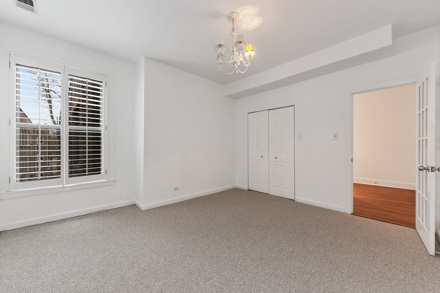 Real Estate Photography - 3723 N Pine Grove #3N, Chicago, IL, 60613 - Master Bedroom