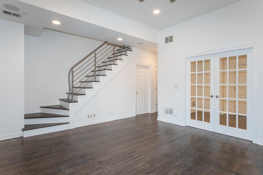 Real Estate Photography - 1644 W Blackhawk #1E, Chicago, IL, 60622 - Family Room