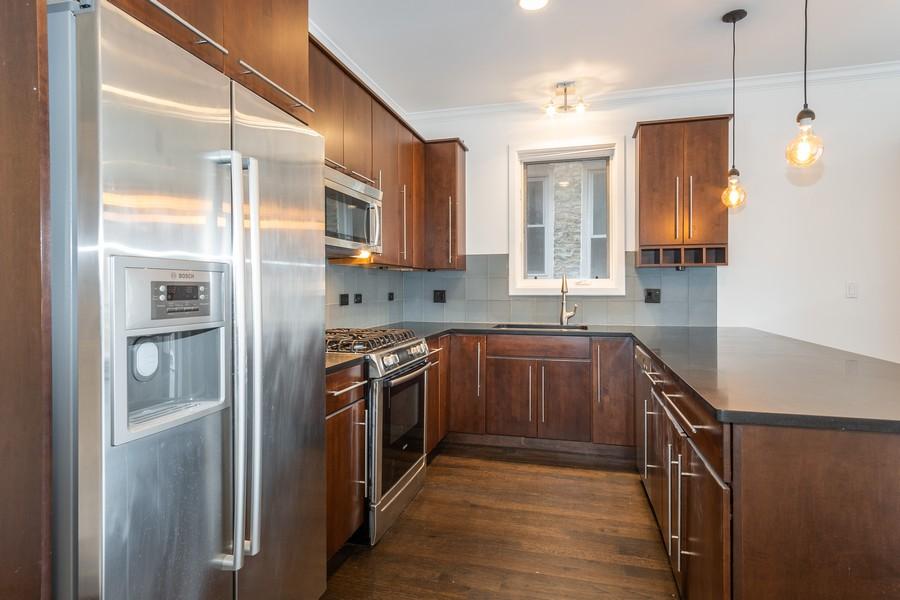 Real Estate Photography - 1644 W Blackhawk #1E, Chicago, IL, 60622 - Kitchen