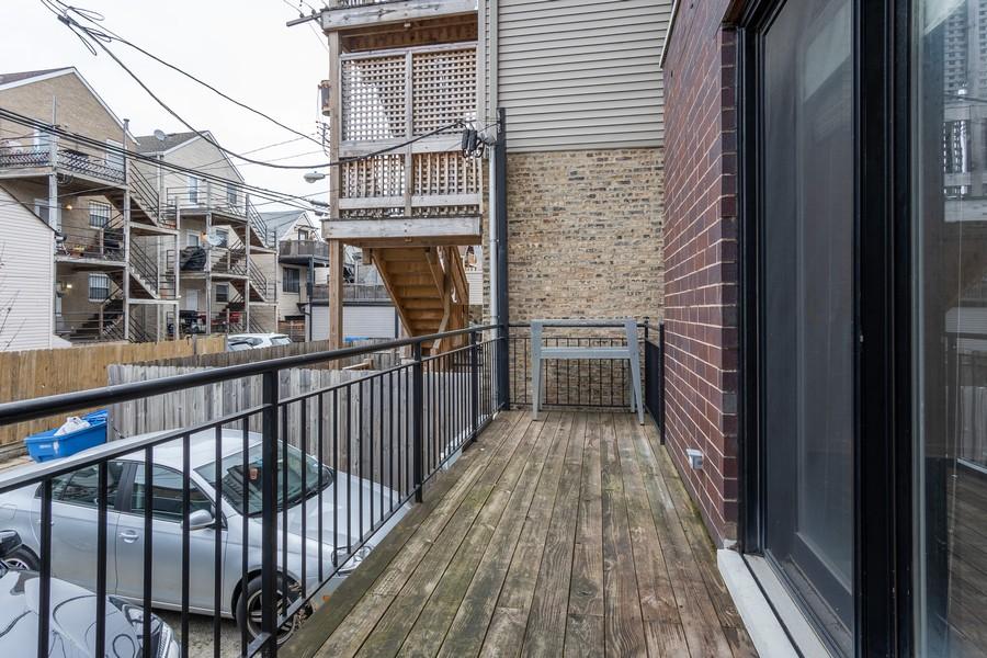 Real Estate Photography - 1644 W Blackhawk #1E, Chicago, IL, 60622 - Deck