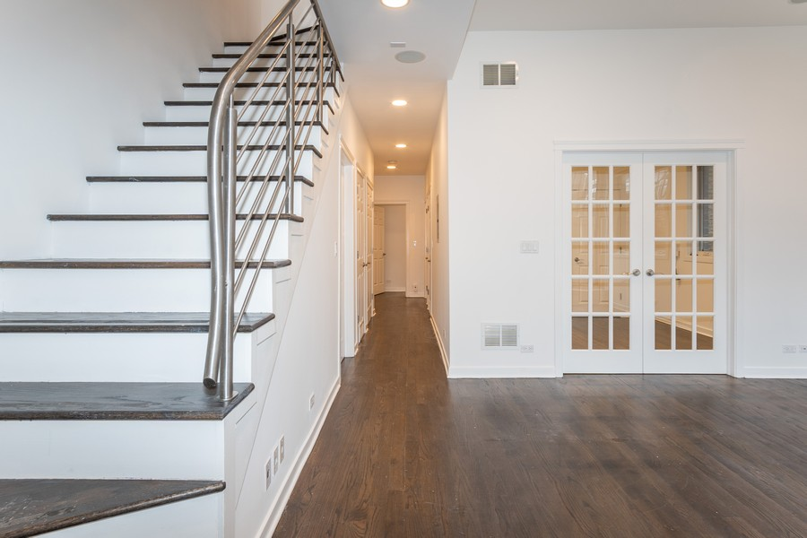 Real Estate Photography - 1644 W Blackhawk #1E, Chicago, IL, 60622 - Staircase