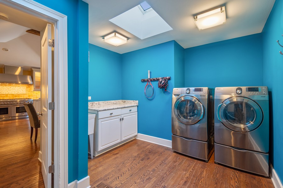 Real Estate Photography - 83 Meadow Hill Rd, Barrington Hills, IL, 60010 - Laundry Room