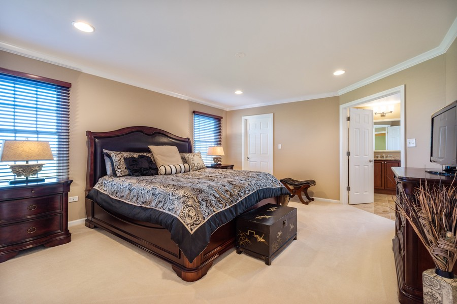 Real Estate Photography - 45 Tournament Dr North, Hawthorn Woods, IL, 60047 - Master Bedroom