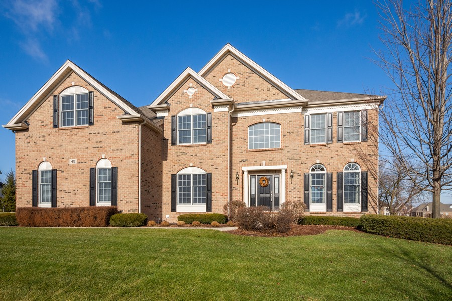 Real Estate Photography - 45 Tournament Dr North, Hawthorn Woods, IL, 60047 - Front View