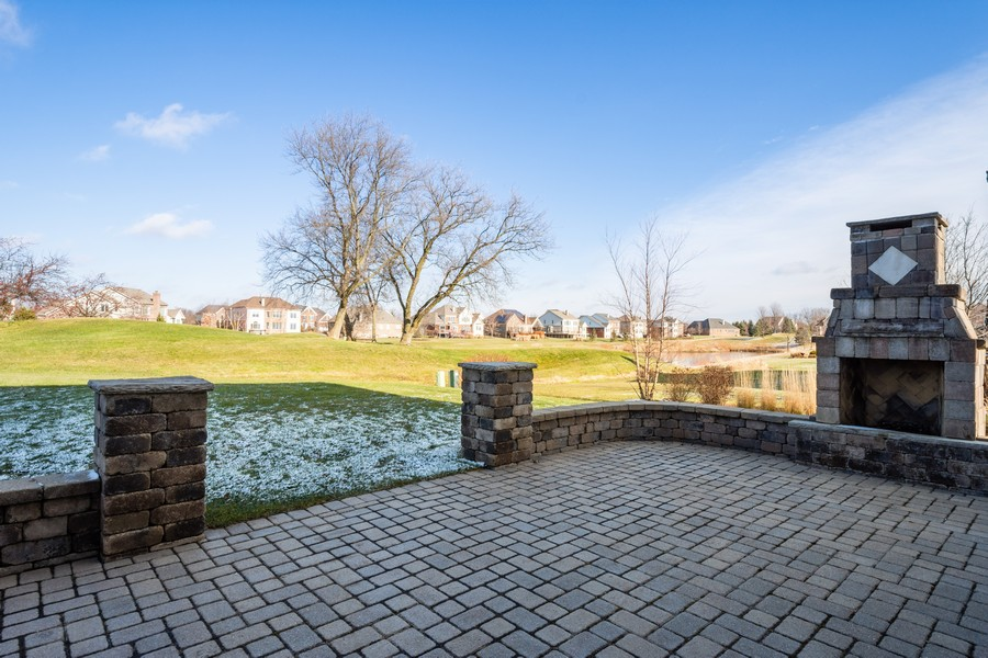 Real Estate Photography - 45 Tournament Dr North, Hawthorn Woods, IL, 60047 - Patio