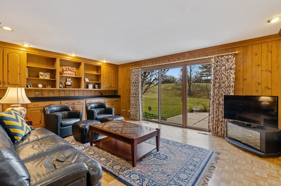 Real Estate Photography - 50 E Mallard Ln, Lake Forest, IL, 60045 - Family Room